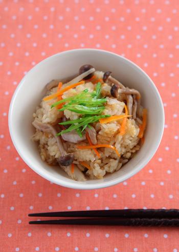 炊き込みご飯の定番、五目炊き込みご飯のレシピです。まずはここから挑戦してみましょう♪食欲をそそる一品です。