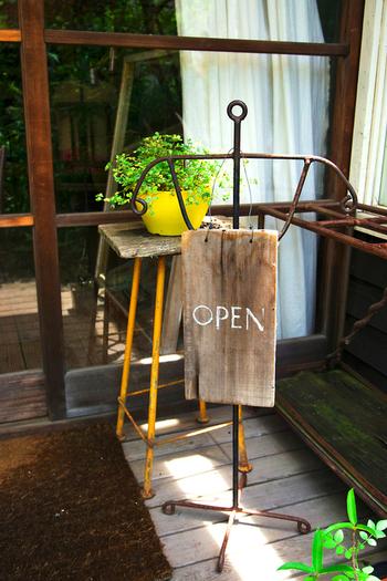 北鎌倉駅から徒歩約5分という好立地にある古民家カフェです。