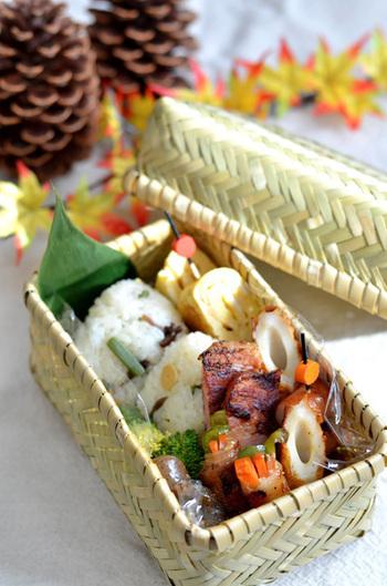 竹のお弁当箱はヘルシーなおかずがよく似合います。 ダイエットできるかも?