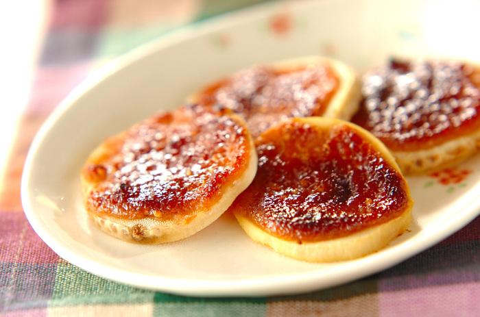 筍に特製の田楽みそをのせてトースターで焼くだけのお手軽レシピ。甘めの田楽みそがクセになる美味しさ。