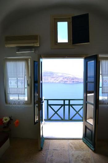 ギリシャの風を感じましょう。