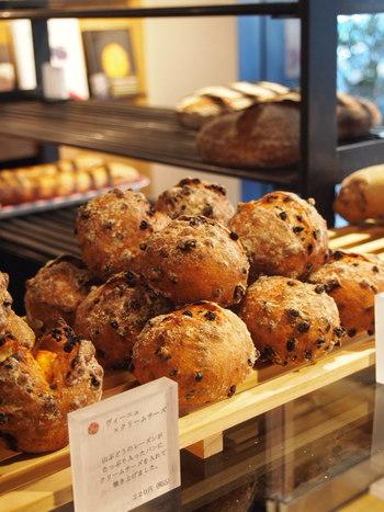 わざわざ行きたいお店がいっぱい!『小田急・小田原線』の美味しい《パン屋さん11選》