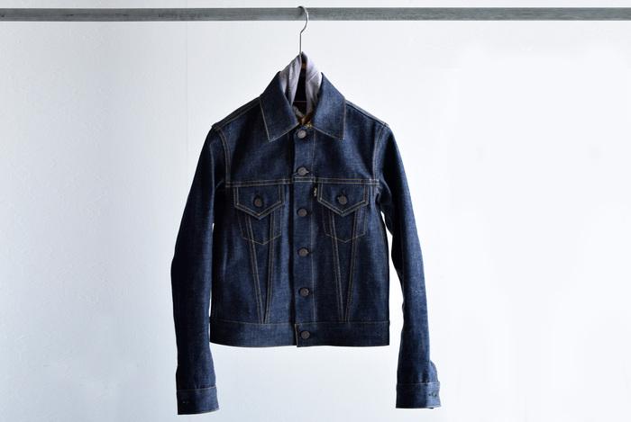 厚手のコートからライトジャケットに着替える春には、アウターもデニムを選びましょ。今季はシルエットもバリエーション豊富に揃っています。