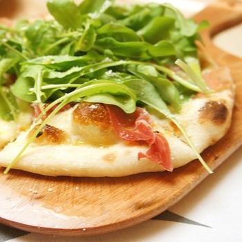 使用している材料は、出来るだけ北海道産のものを使っているそう。ピザも定番のマルゲリータや、季節限定の食材を使用したものなど、訪れるたび新しい美味しさに出会えます。