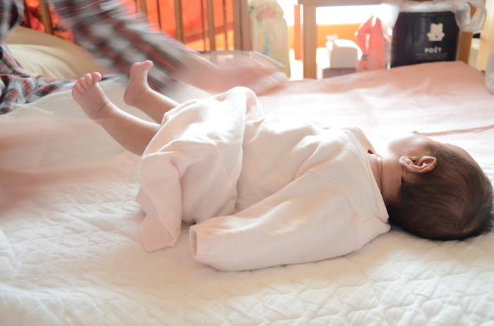 赤ちゃんの肌に直接触れるのでふわふわにしてあげたくなりますが、こちらも吸水性が損なわれるので控えたほうがいいようです。