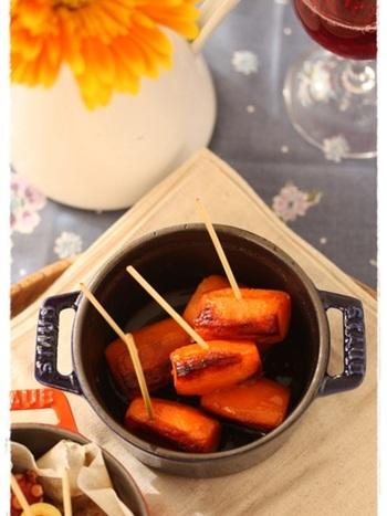 人参を塩とオリーブオイルでシンプルに。蒸すことで人参の甘みがぐっと増して、より美味しくなりますよ。