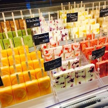 美味しそうなアイスがずらり♡どれも美味しそうで選ぶのに迷ってしまいます!期間限定の商品もあるので見逃せません!