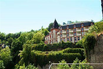 築城されてから悠久の時間が過ぎ、一度は廃墟となったラインフェルス城は、1973年に古城ホテル「シュロスホテル」として生まれ変わり、観光客から絶大な人気を得ています。