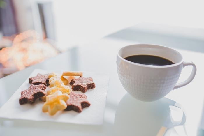 「コーヒー×○○」が好き♪ ほろ苦コーヒーに合わせたいお菓子 11選