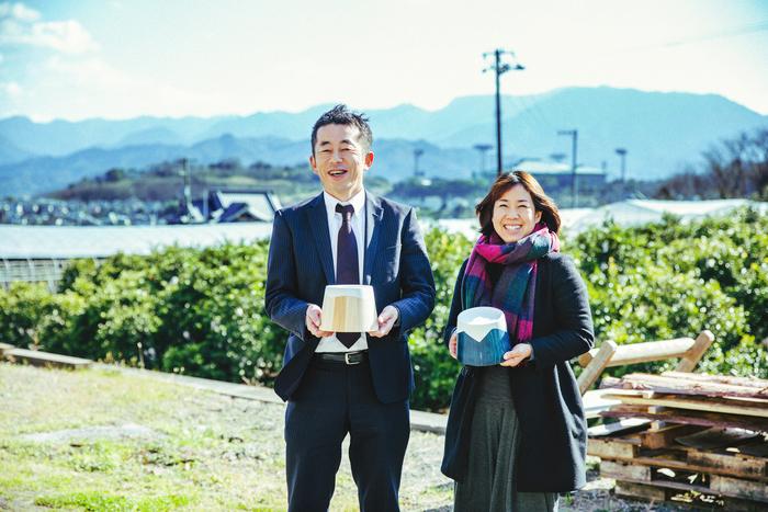 植木さんと、「YUIRO」ブランドマネージャーの田上真由美さん。PR、受注管理、営業となんでもこなします。明るく、てきぱき、心配りができる気持ちのよい方でした