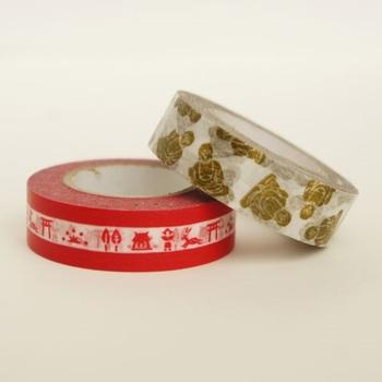 こちらは気軽に奈良絵を楽しめるマスキングテープ。何だかご利益がありそうな金の大仏柄との2本セットです。