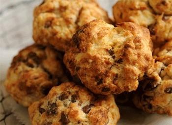 程よい甘さが美味しいスコーンも。 香りの良いコーヒーを飲みながら、素敵な朝食の時間を過ごしてみて下さい。