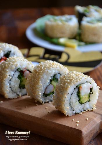 海老を使ったレシピ。定番のサーモンやカニカマとは一味違うおいしさです。