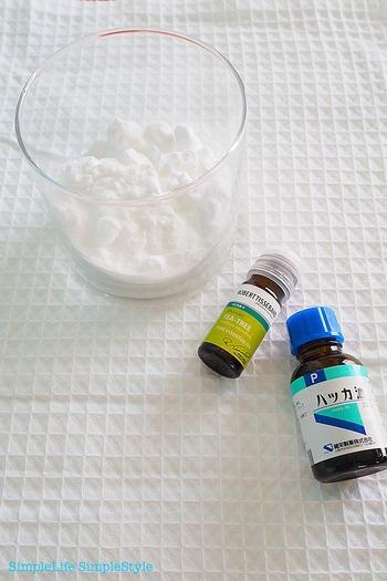 ■ティーツリー・ペパーミント■ 抗菌作用のあるティーツリーや爽やかな香りのペパーミントは、冷蔵庫や靴箱の消臭剤にぴったり。消臭・抗菌効果はもちろん、アロマの優しい香りに癒されます。