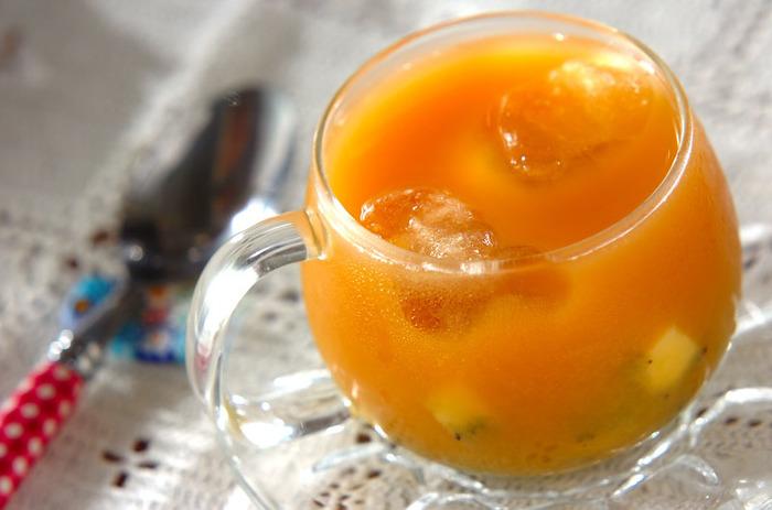 砂糖の代わりにハチミツで甘みをつけたレシピです。ビタミン豊富なキウイは、美容に欠かせないフルーツですね!