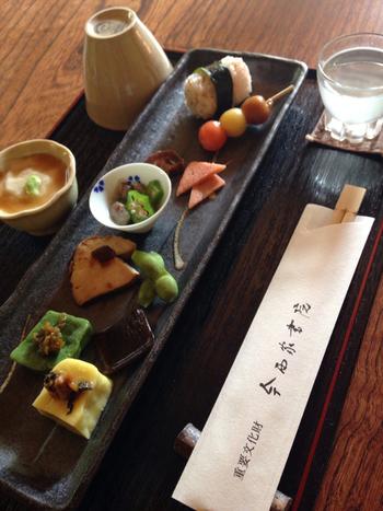 3日前までに予約をすれば、食事をすることもできます。重要文化財の中での食事は格別ですね。