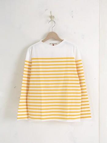 九州・福岡を拠点にモノ作りを行っているブランド『TIGRE BROCANTE (ティグルブロカンテ)』。毎日着たくなる日常着を作り続けています。明るい色のボーダーが嬉しいカットソーは、柔らかな着心地♪絶妙な立ち上がりのボトルネックにもこだわりがあります!