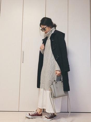 ニットワンピースとスカンツを合わせて。スカンツは麻素材で爽やか。長く着れそうですね。