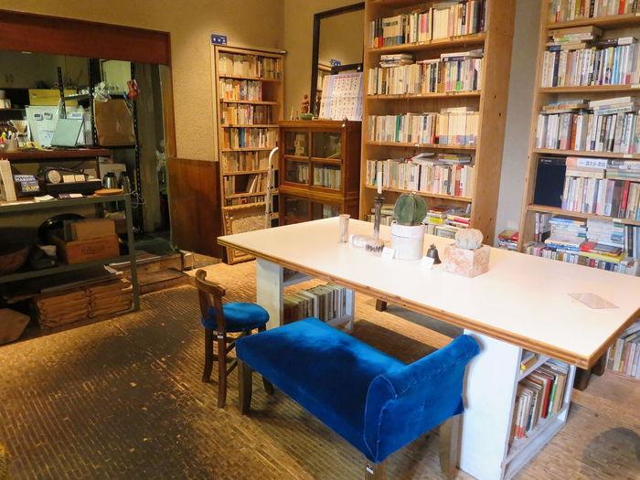 メジャーからサブカルチャーまで様々なクリエイティブ活動を行う「東京ピストル」が手がける文学カフェ「BUNDAN COFFEE & BEER」。