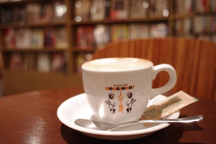 カフェメニューはエスプレッソ、カプチーノなど、イタリアのエスプレッソマシーンを使った本場の味を楽しめます。 谷根千散歩で疲れたら、美味しいコーヒーでほっと一息♪はいかがですか?