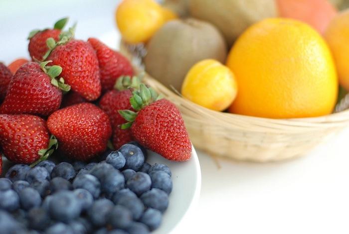 旬の果物は、安価で美味しく香りが良いものです。