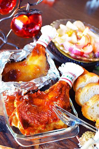クリスマスの定番のローストチキンも、オーブントースターで作ることができます。オーブン調理に苦手意識を持つ方も、このレシピなら簡単に作れます。