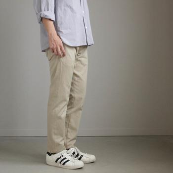 上質でシンプル・飽きのこないデザインで人気のYAECA(ヤエカ)。さりげなくこだわりが詰まったYAECAの洋服を身にまとえば、ワンランク上のベーシックスタイルが叶います。