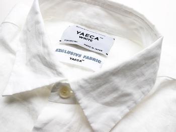 YAECAを日本語に直すと「八重日」。日々重ねて着てほしいという思いから名付けられました。 2002年に、デザイナーの服部 哲弘氏、井出 恭子氏よって、シャツとチノパン数型だけの日常着で構成される小さなメンズブランドからはじまりました。