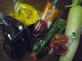 世田谷育ちのの野菜って実はこんなにあったんだ…って驚かされるはず。販売品は季節ごとに変わるので定期的に足を運んでみてはいかがですか?