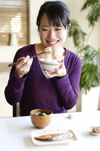 フードスペシャリスト、1級惣菜管理士、健康・食育シニアマスター、漢方スタイリストなど、数々の資格を持つ柴田真希さん。健康・キレイ・Happyをキッチンから届けます。