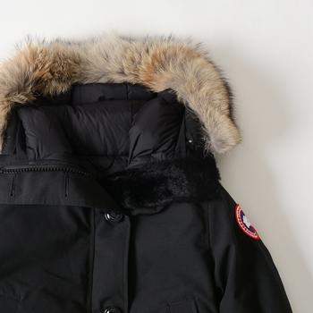 カナダグースのダウンジャケットは、冬の厳しい寒さでも暖かく過ごす事ができる高性能アイテムです。冷たい北風にも負けず、身体を冷えから守ります。