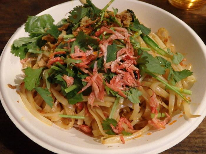 三浦の有機野菜をふんだんに使った創作タイ料理がいただけるお店です。