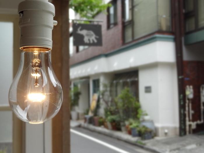 栃木県の黒磯に1号店のあるSHOZO CAFE。 東京で味わえるのはここ、COMMUNE246だけ。CAFE好きの人たちからも評価の高いお店です。  店内でゆっくりすることも、テイクアウトも可能です。