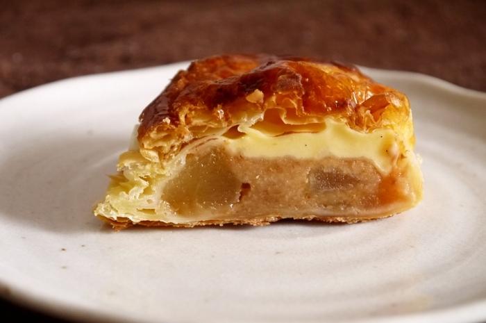 札幌の洋菓子店「きのとや」が30年かけて作り出したカスタードアップルパイだそう。ニューオープンだけど味は熟練の域。自家製のパイ、りんごの食感、濃厚なカスタードのハーモニーをぜひ味わってみてください。