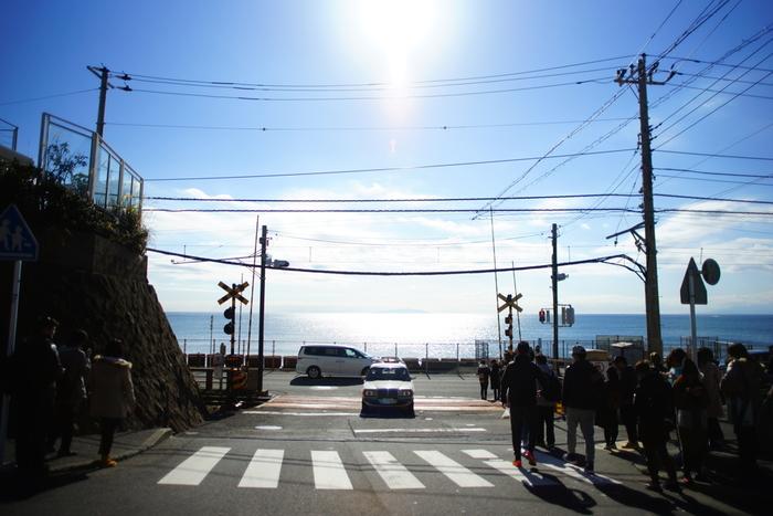 東京から電車で1時間半~2時間。観光スポットとしても人気の鎌倉は海、緑、お寺、素敵なお店などなど、ぶらぶらするだけでも楽しめる場所。充実した時間を楽しめるおすすめのスポットです!