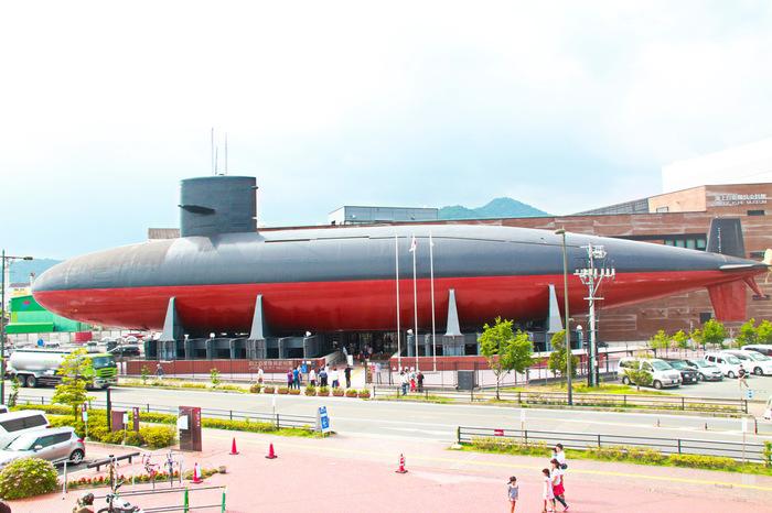 大和ミュージアムに隣接した「てつのくじら館」。 潜水艦「あきしお」の実物で、中も見ることができるんです♪