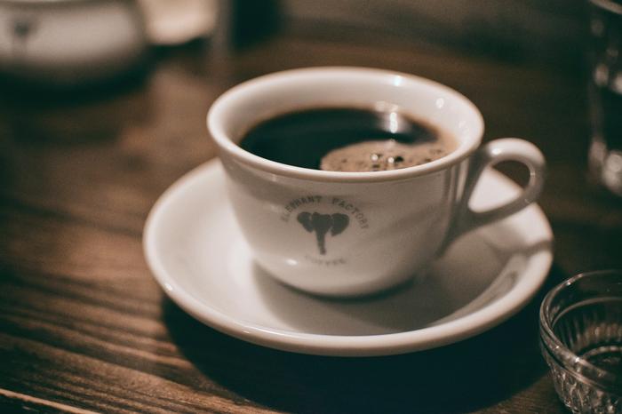 センスあふれる店内で、香り高いコーヒーを心ゆくままお楽しみ下さい♩
