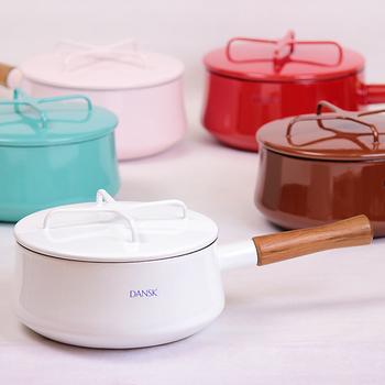 カラーバリエーションも豊富! キッチンの雰囲気に合わせて、セレクトしてみては?