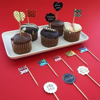 バレンタインのチョコレートにちょっとしたメッセージをプラス♪ロールシールを爪楊枝を挟むように貼るだけの簡単ピック!