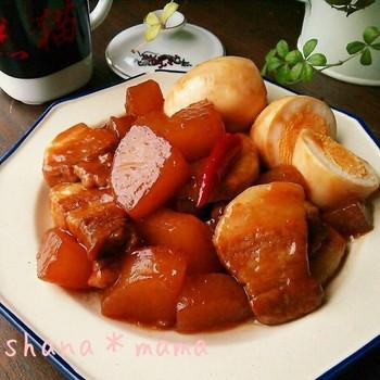 豚肉と一口大に切った大根をしっかりとした味付けで炒めて頂く中華炒め!ちょっぴりピリ辛な味にすると、ご飯をいくらでも食べられちゃう!