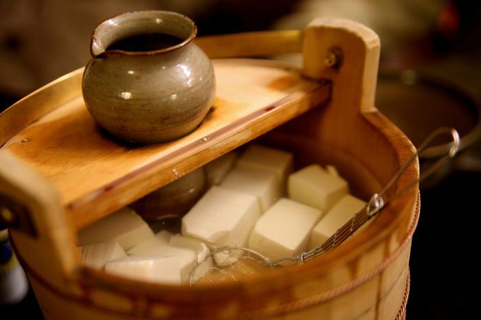 京都にはお豆腐やさんも非常に多く、大豆のしっかりとした味わいと、ミルクのようなコク、滑らかな舌触りが絶品です。