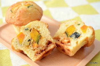 実は横浜は野菜の生産量が高い地域なのだそう。【AS muffin】でもできるだけ横浜産の野菜を使用しているそうです。自家製キャラメルやフルーツなどを組み合わせて、程よい甘みをプラスしています。