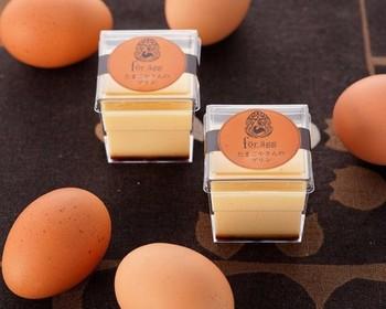 卵の味を活かしたスイーツと言えば、プリンも外せません。【for agg】のプリンは、名付けて「たまご屋さんのプレミアムプリン」。パッケージがおしゃれなので、プレゼントやおもてなしにもぴったりです♪