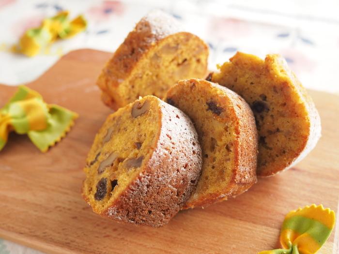 オレンジピールの爽やかな香りがアクセント!量り不要の簡単レシピです。甘さ控えめなので朝食にもぴったりです♪
