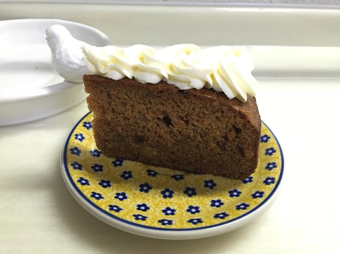ハドソンマーケットベーカーズのキャロットケーキはとっても見た目麗しい!たっぷりのクリームはしつこくなく、どっしりとしたスパイスのきいたキャロットケーキにぴったり。ぜひ美味しい珈琲と一緒にいただきたいですね☆