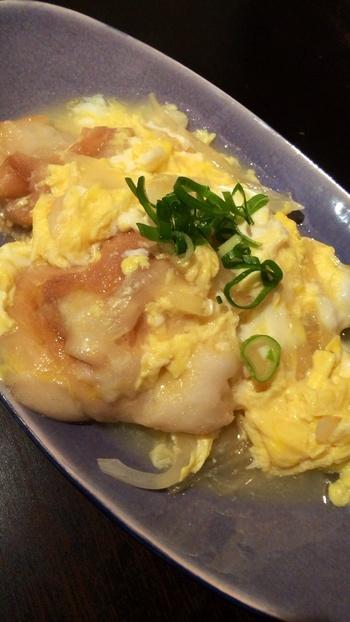 あちこちに使われるお麩を楽しみつつ、京都らしいやさしい味を堪能してみて下さいね。こちらは「焼き麩の卵とじ御前」です。