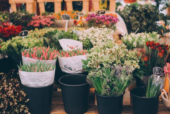 季節の花を上手に使って。