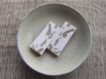 こちらは生タイプの真味糖。柔らかい触感が、通常のものと違うようです。