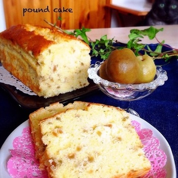 バターの風味豊かな生地に、梅の実がゴロゴロ入って、しっとりリッチ♪ちょっと大人な、くつろぎティータイムに。