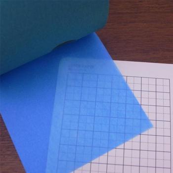 スペースや文字の上から貼って、色味や透明感を楽しめます。ページ全体が爽やかな印象に。